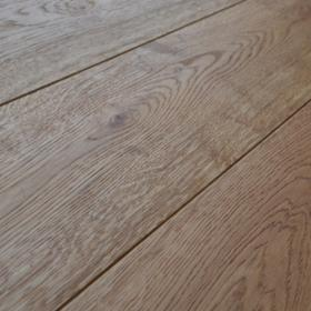 Brushed and Oiled Engineered Oak Flooring 1900 x 190 x 6 20