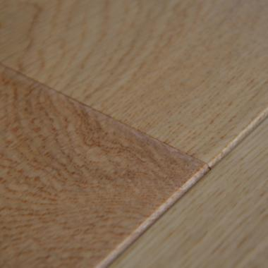 Lacquered Engineered Oak Flooring 2200 x 220 x 6 20