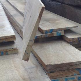Fresh Sawn Oak Featheredge Board For Fencing