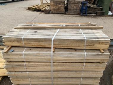 New Oak Fence Stake